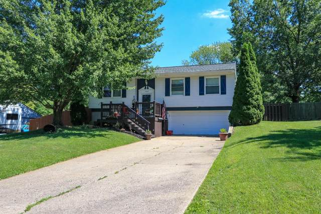 1525 Rolling Knoll Drive, Goshen Twp, OH 45140 (#1670055) :: The Chabris Group