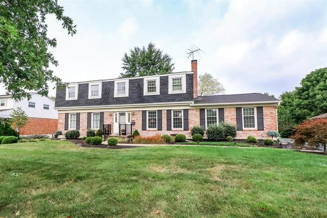 8809 Castleford Lane, Montgomery, OH 45242 (#1676268) :: The Chabris Group