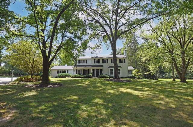 8225 Indian Hill Road, Indian Hill, OH 45243 (#1713645) :: The Chabris Group