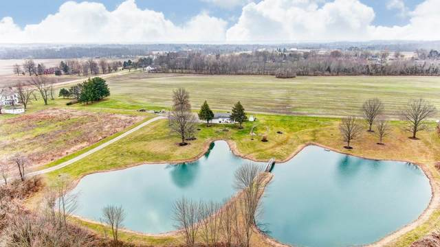 4301 Carnell Drive, Clearcreek Twp., OH 45036 (#1687254) :: The Chabris Group