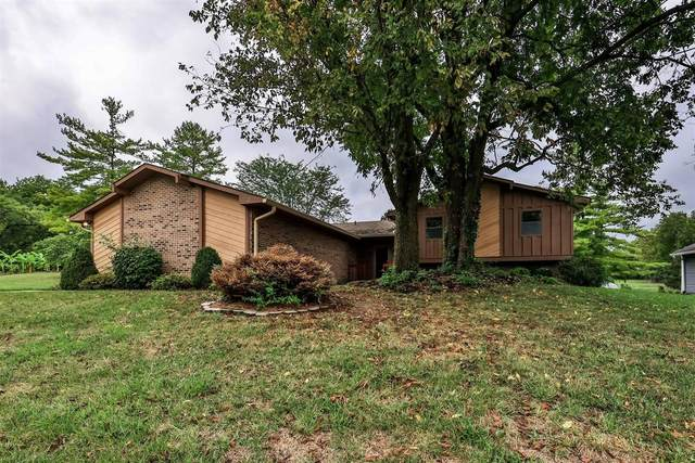 1772 Gloucester Drive, Fairfield, OH 45014 (#1716441) :: The Huffaker Group