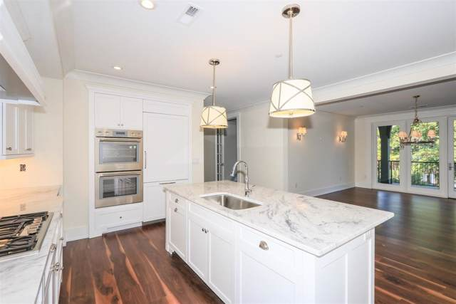 3818 Miami Road #206, Mariemont, OH 45227 (#1556435) :: The Chabris Group