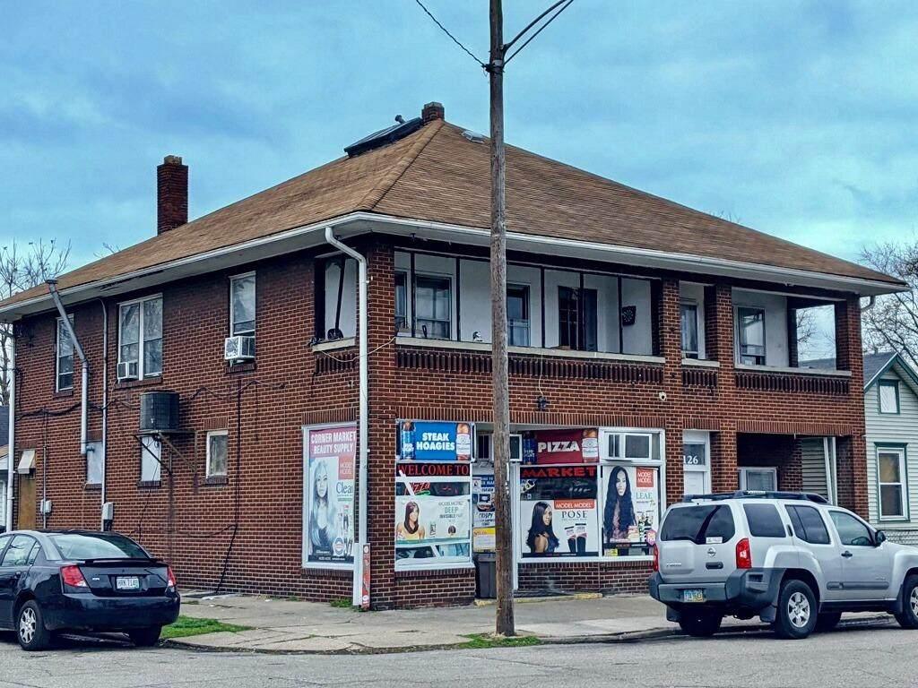 2122 Hill Avenue - Photo 1