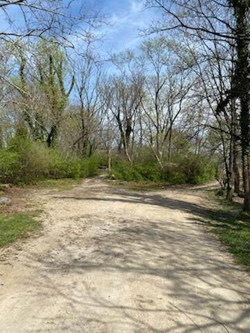 6136 Mernic Drive, Green Twp, OH 45248 (#1695080) :: Century 21 Thacker & Associates, Inc.