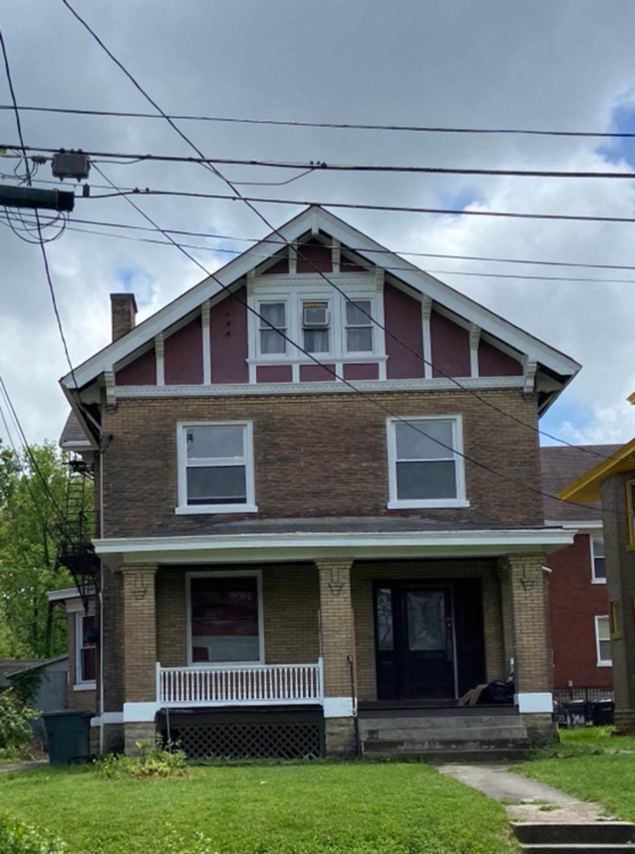 735 Oak Street - Photo 1
