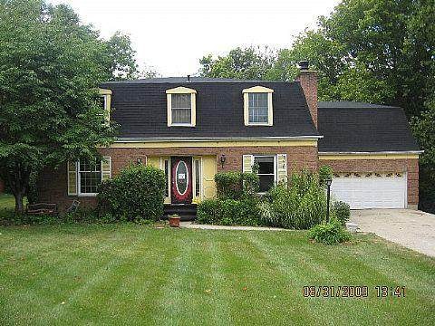 9571 Beech Drive, Springfield Twp., OH 45231 (#1709153) :: The Huffaker Group