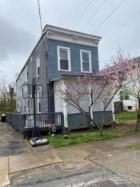 97 Juergens Avenue, Cincinnati, OH 45220 (MLS #1709733) :: Apex Group