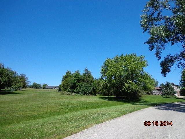 605 Lolland Drive, Lakengren, OH 45320 (#1713278) :: Century 21 Thacker & Associates, Inc.