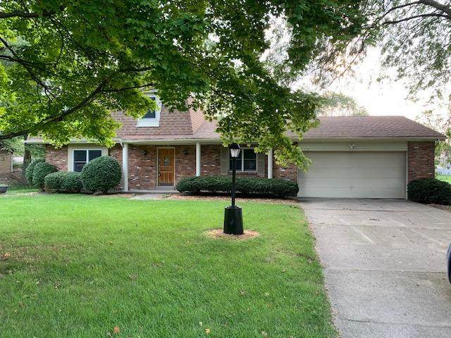 8130 Shade Tree Drive, West Chester, OH 45069 (#1715609) :: The Chabris Group