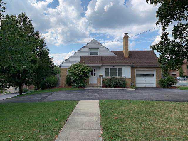 6753 Cheviot Road, Colerain Twp, OH 45247 (#1716205) :: The Chabris Group