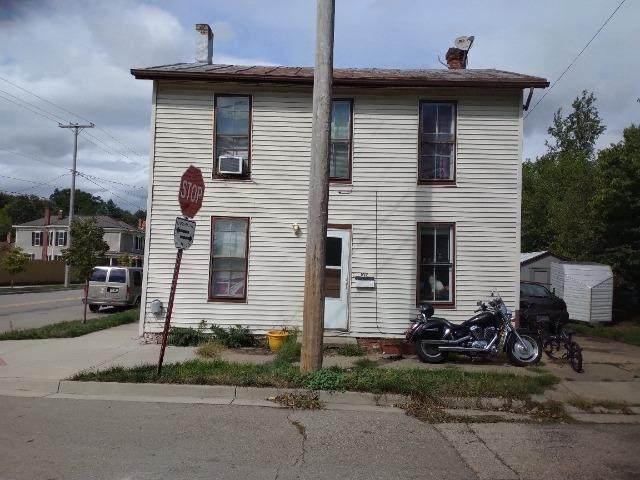102 Warren Street, Dayton, OH 45327 (MLS #1717235) :: Apex Group