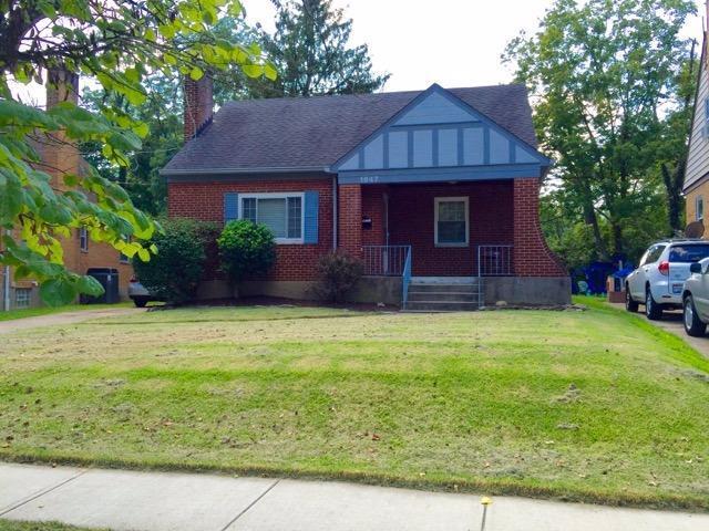 1647 Alcor Terrace, Cincinnati, OH 45230 (#1560755) :: The Dwell Well Group