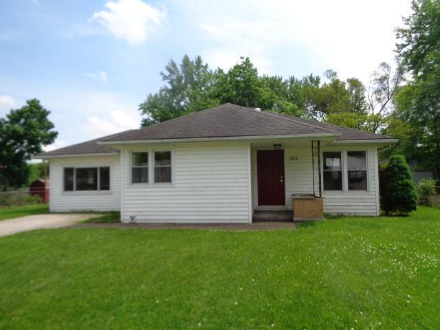 109 Willard Avenue, Carlisle, OH 45005 (#1581976) :: Bill Gabbard Group