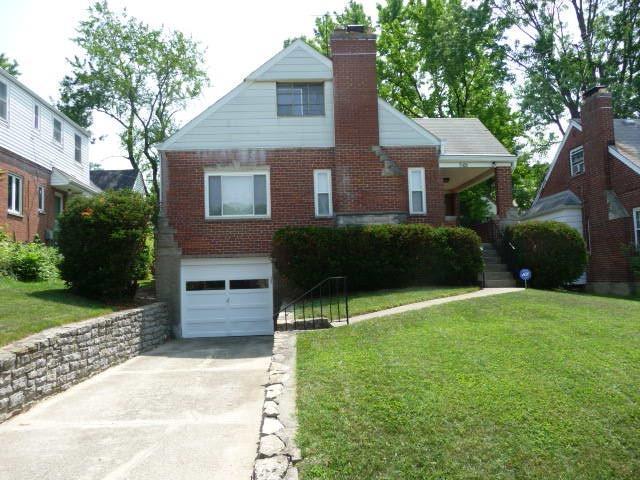 8426 Mayfair Street, Springfield Twp., OH 45216 (#1583029) :: Bill Gabbard Group