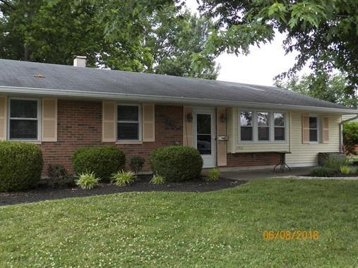11833 Lawnview Avenue, Springdale, OH 45246 (#1583183) :: Bill Gabbard Group