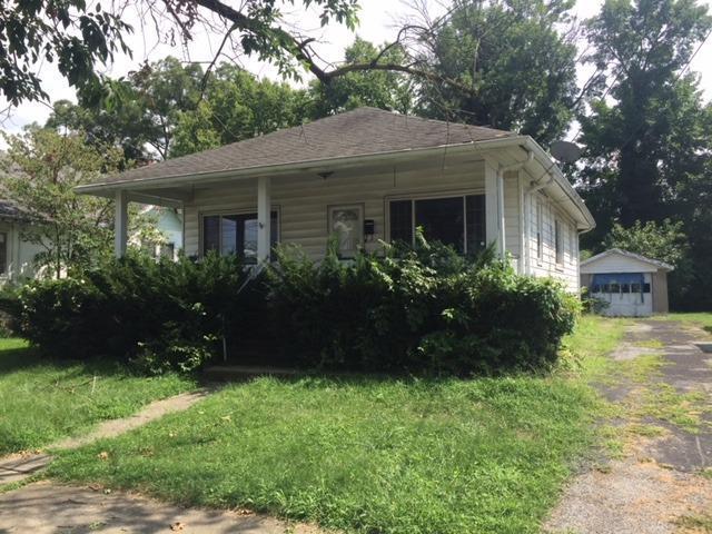 109 Pershing Avenue, Lockland, OH 45215 (#1591882) :: Bill Gabbard Group