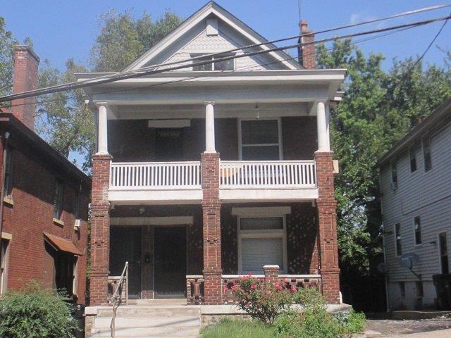 626 Straight Street, Cincinnati, OH 45219 (#1598809) :: Bill Gabbard Group