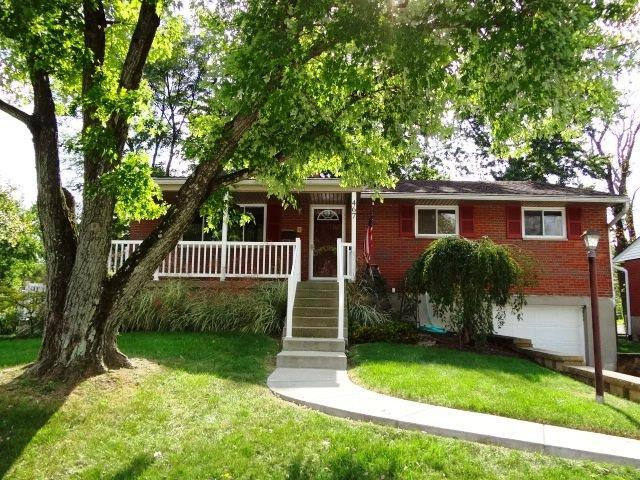 467 Grandin Avenue, Springdale, OH 45246 (#1599159) :: Bill Gabbard Group