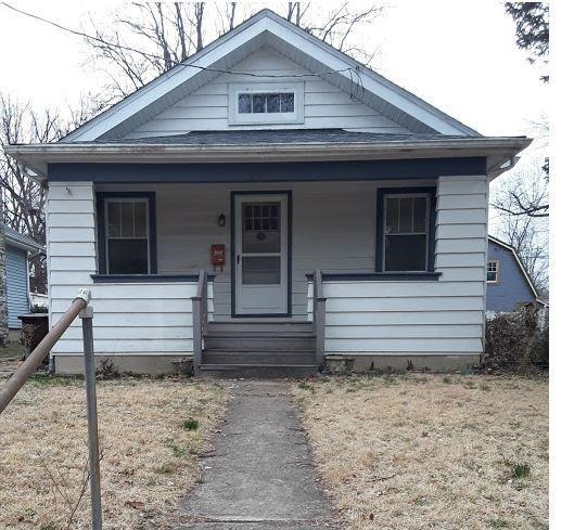 221 Crescent Avenue, Wyoming, OH 45215 (#1611493) :: Chase & Pamela of Coldwell Banker West Shell