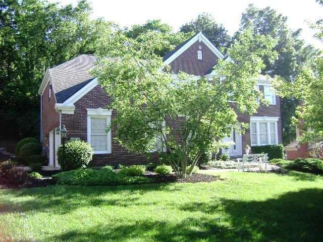 6780 Southknoll Drive, Green Twp, OH 45248 (#1627494) :: Chase & Pamela of Coldwell Banker West Shell
