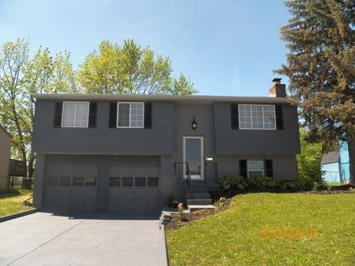 1381 Keyridge Drive, Forest Park, OH 45240 (#1633491) :: Drew & Ingrid | Coldwell Banker West Shell