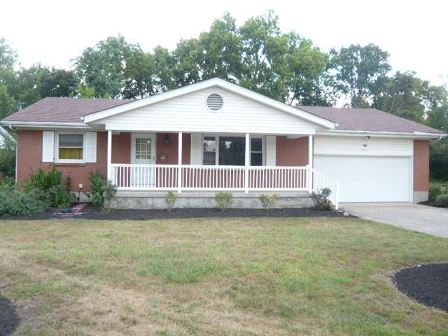 5376 Dee Alva Drive, Fairfield, OH 45014 (#1633731) :: Drew & Ingrid | Coldwell Banker West Shell