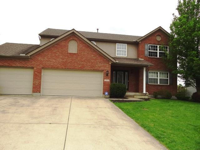 6024 Bluffs Drive, Liberty Twp, OH 45044 (#1633810) :: Drew & Ingrid | Coldwell Banker West Shell