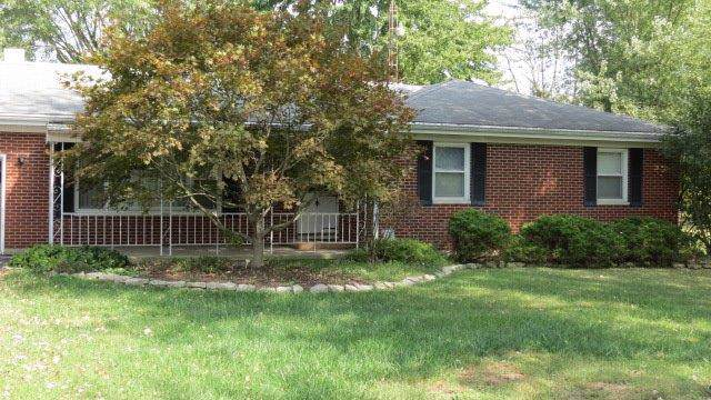 7515 Lynwood Drive, Blanchester, OH 45107 (#1642300) :: The Chabris Group