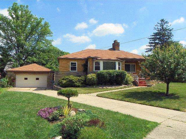 1373 Le Mar Drive, Green Twp, OH 45238 (#1642960) :: The Chabris Group