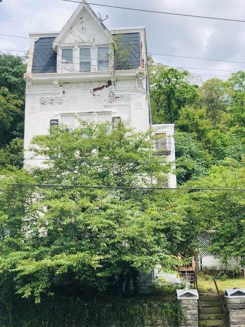 2902 W Mcmicken Avenue, Cincinnati, OH 45225 (#1642998) :: The Chabris Group