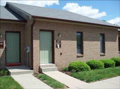 7908 Cincinnati Dayton Road N, West Chester, OH 45069 (#1645865) :: The Chabris Group