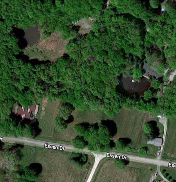 464-465 Essen Drive, Perry Twp, OH 45118 (#1648053) :: Century 21 Thacker & Associates, Inc.