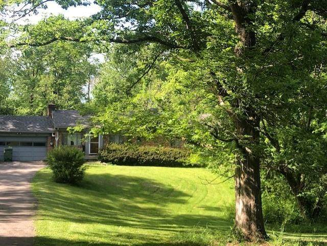 7675 Demar Road, Indian Hill, OH 45243 (#1663483) :: The Chabris Group