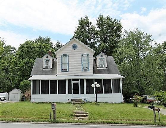 24 E Main Street, Amelia, OH 45102 (MLS #1663551) :: Apex Group
