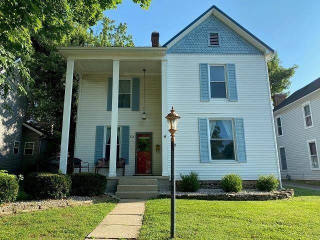 226 E Pleasant Street, Hillsboro, OH 45133 (#1667531) :: The Chabris Group