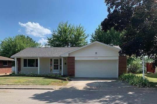 1046 Mcdermott Avenue, Wilmington, OH 45177 (#1668411) :: Century 21 Thacker & Associates, Inc.