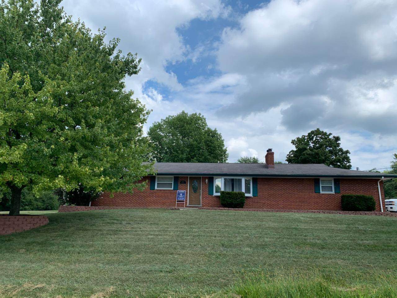 3840 Sterling Drive - Photo 1
