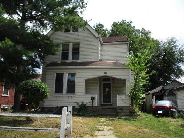 6006 Mcgregor Avenue, Elmwood Place, OH 45216 (#1675030) :: Century 21 Thacker & Associates, Inc.
