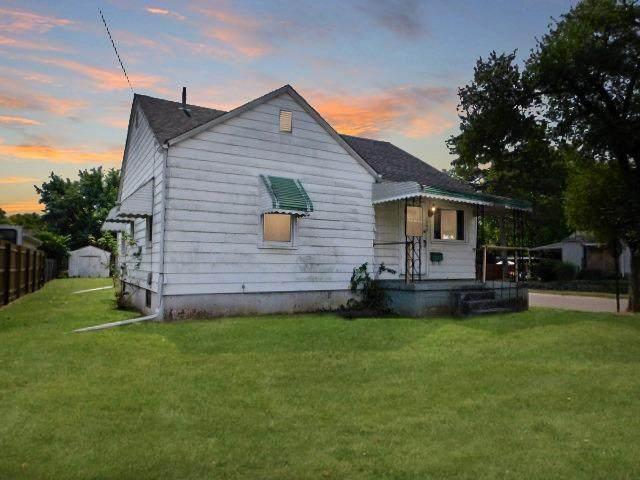 2000 Wilbraham Road, Middletown, OH 45042 (MLS #1676482) :: Apex Group