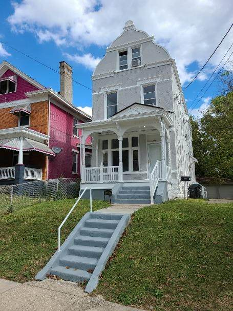 3318 Graydon Avenue - Photo 1