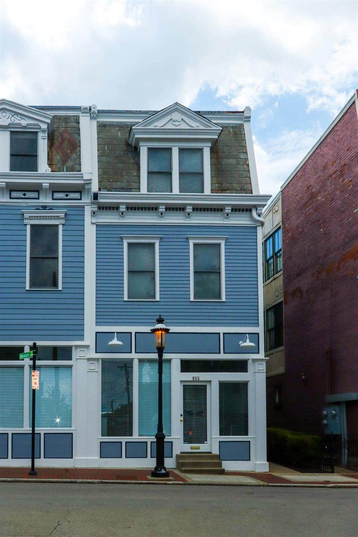 955 Pavilion Street - Photo 1