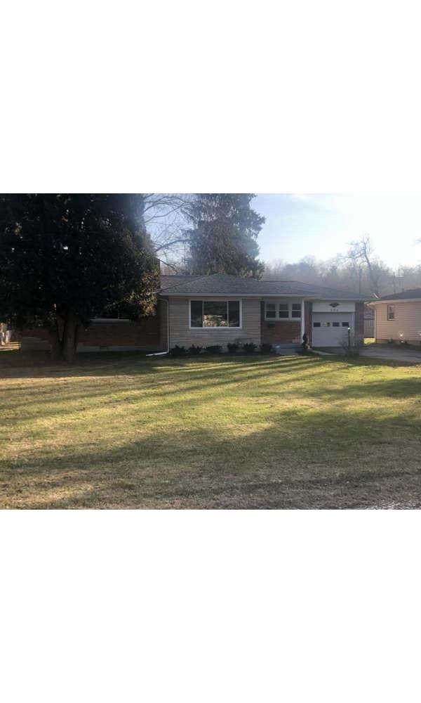 254 Second Street, Morrow, OH 45152 (#1688114) :: The Chabris Group