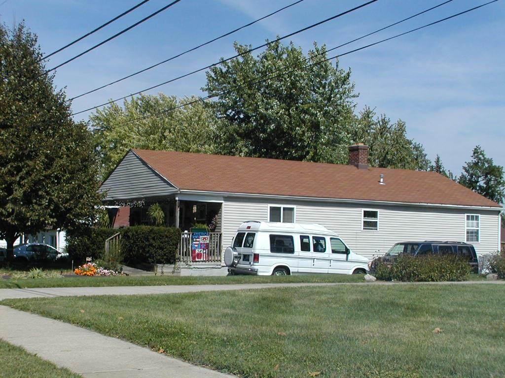 502-504 Elm Street - Photo 1