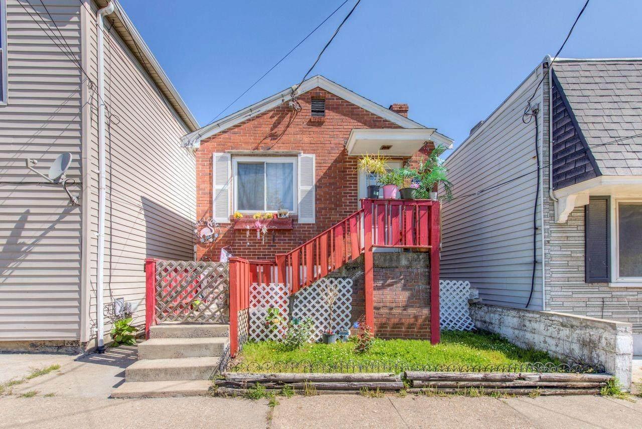 1824 Mills Avenue - Photo 1