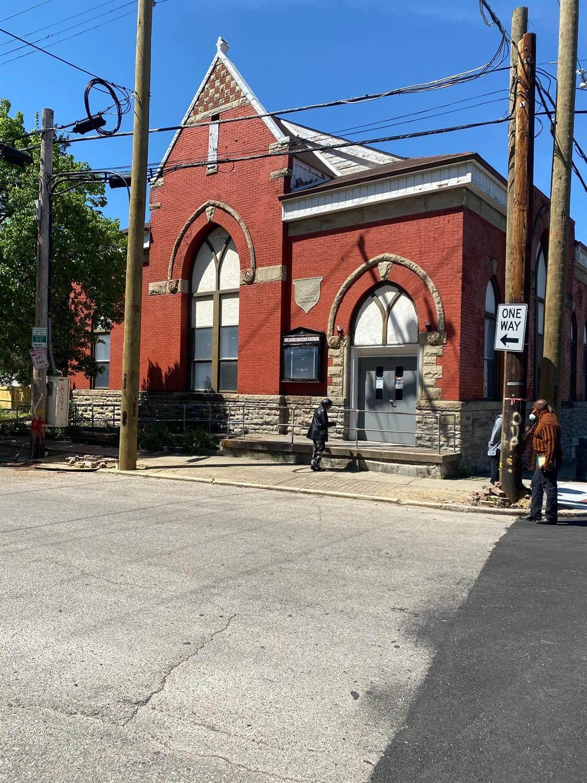 503 Clark Street - Photo 1