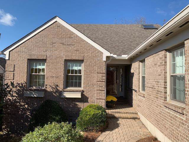 7490 Muchmore Close, Columbia Twp, OH 45243 (#1642988) :: The Chabris Group