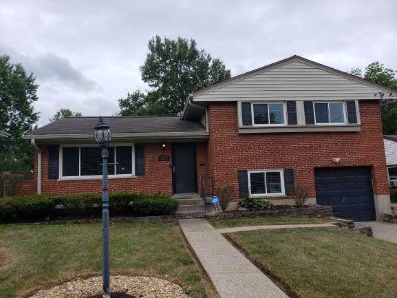 1027 Thunderbird Avenue, Springfield Twp., OH 45231 (#1674748) :: The Chabris Group
