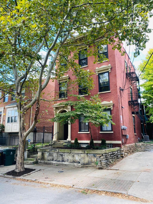 426 Clark Street - Photo 1