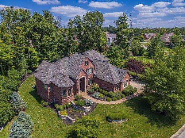 8593 Stoney Bridge Drive, Anderson Twp, OH 45244 (#1669213) :: The Chabris Group