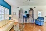2029 Sparkling Waters Way - Photo 15